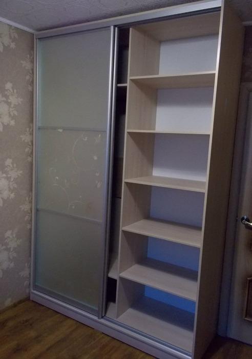 Встроенные шкафы-купе-Шкаф-купе с пескоструем «Модель 90»-фото4