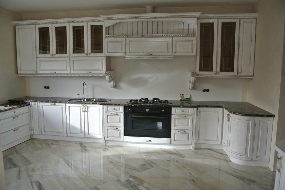 Белый кухонный гарнитур-Кухня из массива «Модель 179»-фото1