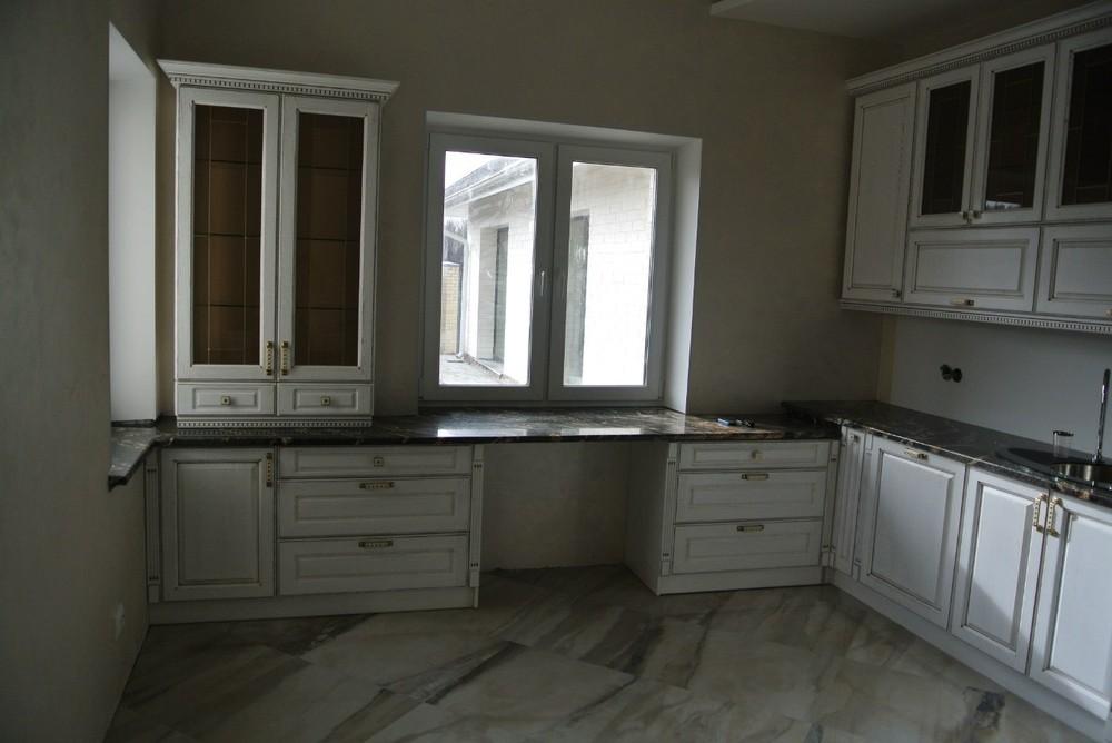 Белый кухонный гарнитур-Кухня из массива «Модель 179»-фото2