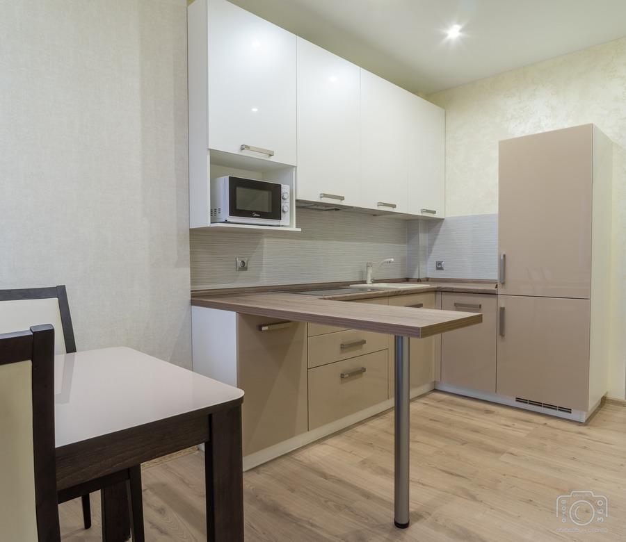 Белый кухонный гарнитур-Кухня из пластика «Модель 1»-фото1