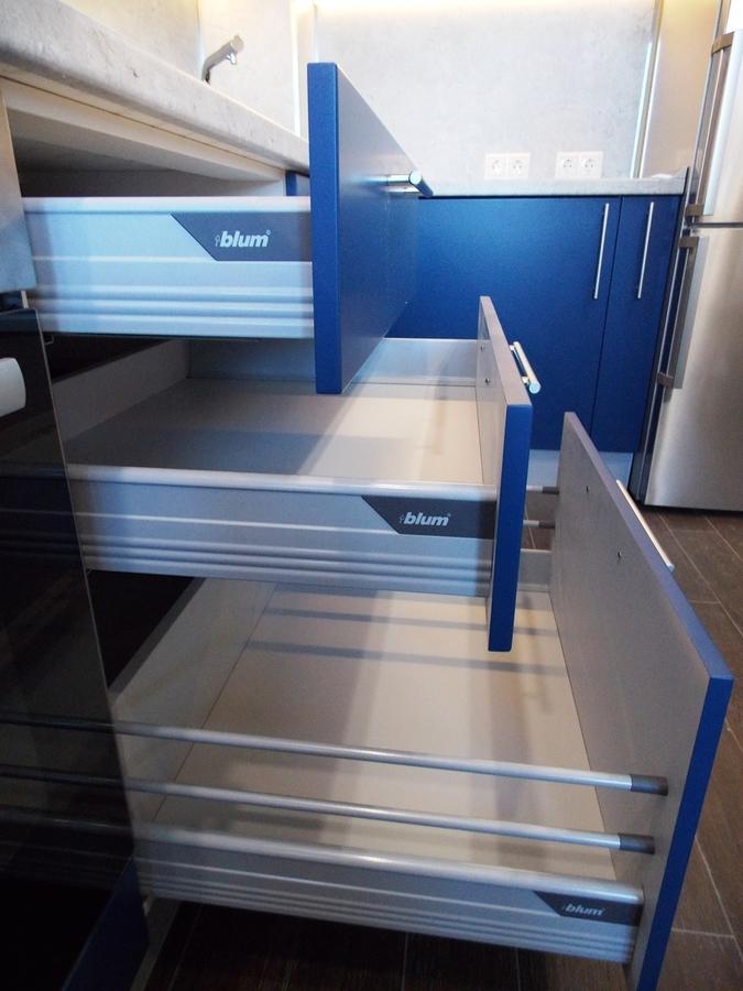 Встроенная кухня-Кухня МДФ в эмали «Модель 15»-фото5