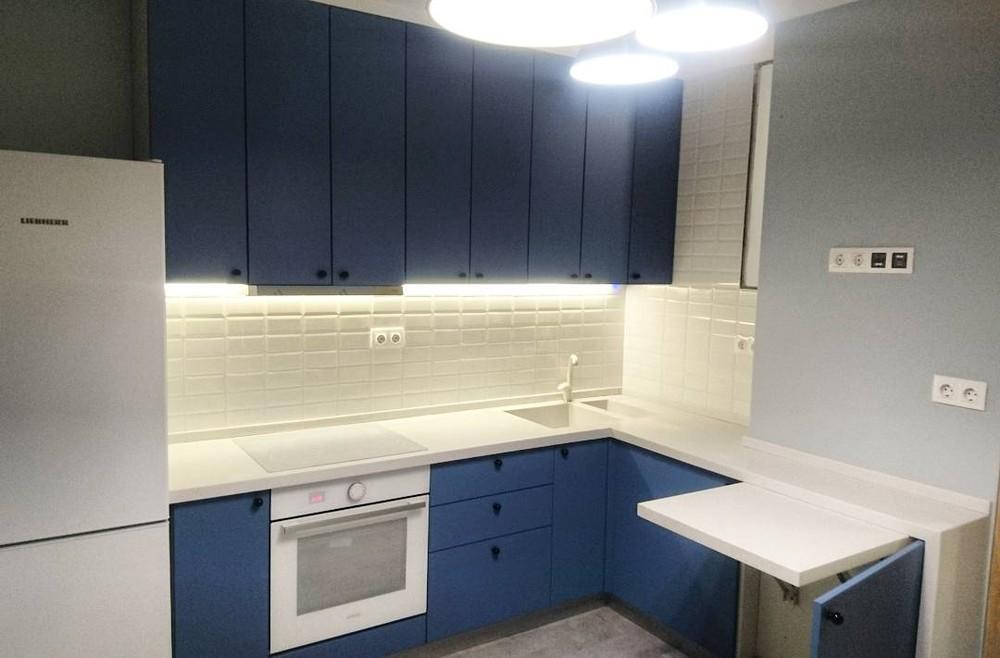 Встроенная кухня-Кухня МДФ в ПВХ «Модель 117»-фото1
