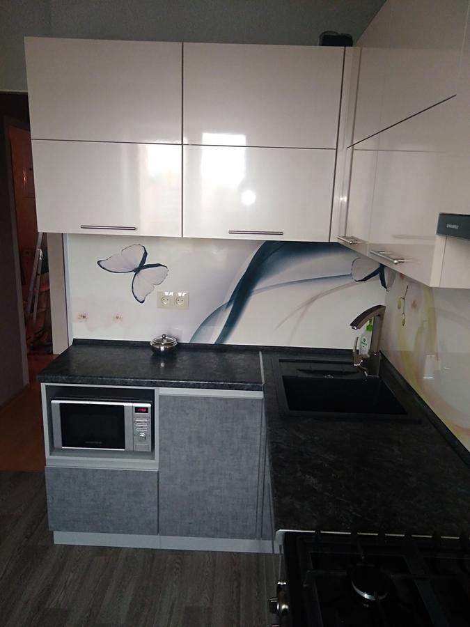 Белый кухонный гарнитур-Кухня из пластика «Модель 191»-фото1