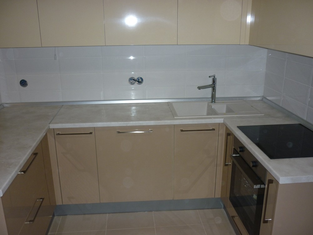 Встроенная кухня-Кухня МДФ в ПВХ «Модель 260»-фото2