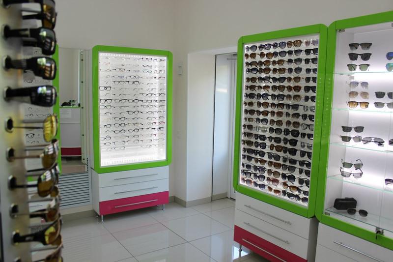 Торговая мебель-Мебель для оптики «Модель 204»-фото2