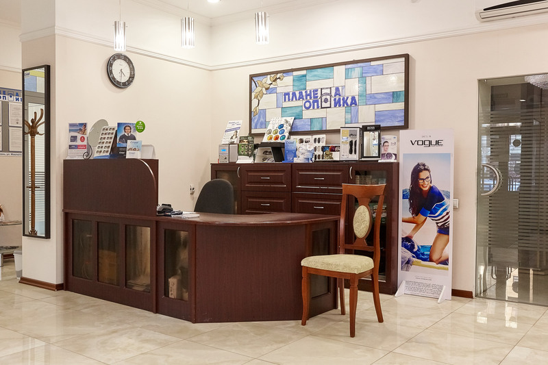 Торговая мебель-Мебель для оптики «Модель 206»-фото5