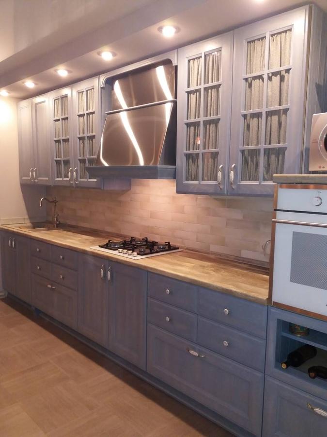 Встроенная кухня-Кухня из массива ясеня «Модель 490»-фото2