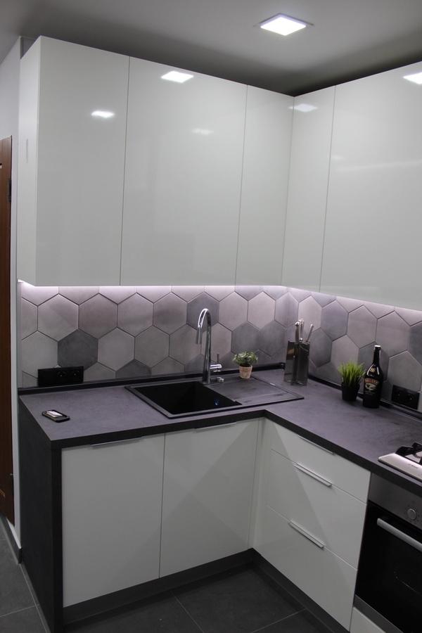 Белый кухонный гарнитур-Кухня из пластика «Модель 449»-фото2