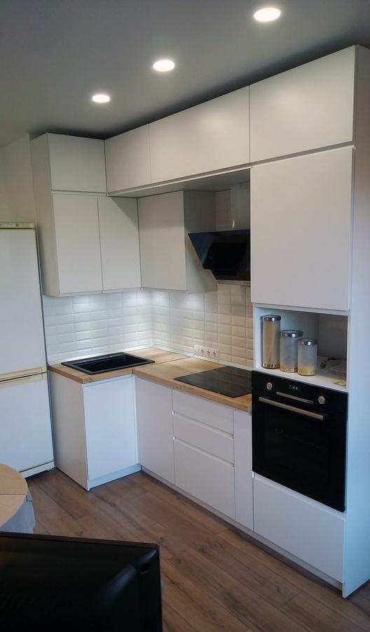Белый кухонный гарнитур-Кухня МДФ в эмали «Модель 471»-фото1