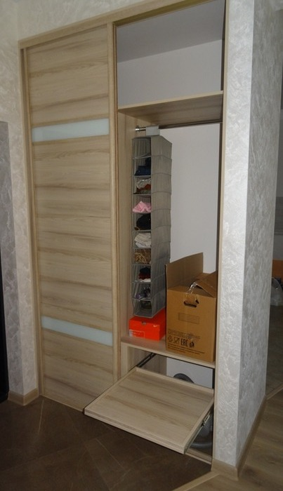 Встроенные шкафы-купе-Шкаф-купе из стекла Лакобель «Модель 46»-фото2