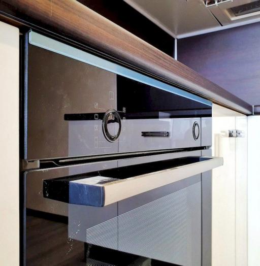 Белый кухонный гарнитур-Кухня из шпона «Модель 560»-фото8